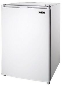 RCA SMALL FRIDGE W./ FREEZER COMPARTMENT (as new)