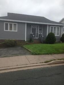 25a Alice Drive--Walking Distance to MUN and Marine Institute