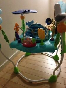 ** Disney Finding Nemo ** Baby jumper ** soothing melodies