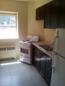 Two bedroom on Aberdeen Ave. $1275 March 1st