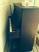 """""""Autopiano"""" piano"""