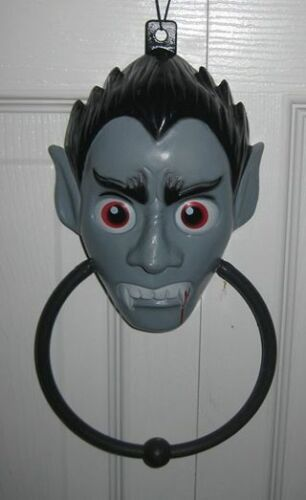 Unbranded 3D Plastic Dracula/Vampire Door Hanger w/ Metal Knocker Halloween Prop