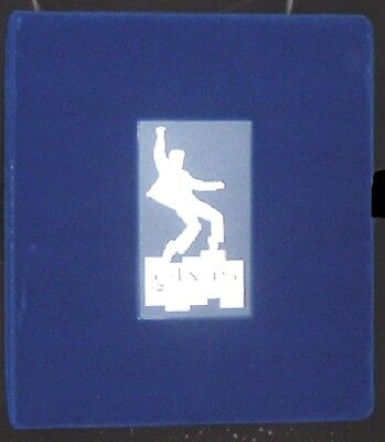 1999 ELVIS PLATINUM FELT BINDER ***FREE SHIPPING  IN US***