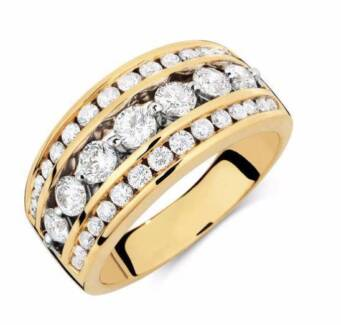 RING WITH 1 1/2 CARAT TW OF DIAMONDS IN 18CT YELLOW GOLD Ballajura Swan Area Preview