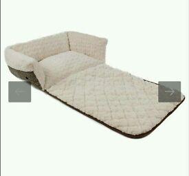 Dog bed all season brand new
