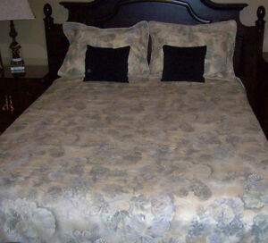 Double Duvet Cover Set - 10 Pieces