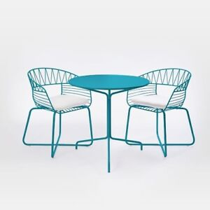 WANTED — soleil metal outdoor bistro chair and table