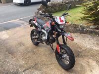 SP MOTO 125CC Road Legal Pitbike