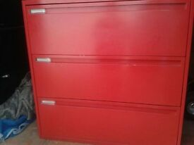 2 x Ki 700 series filing cabinets (complete with keys) £85 each