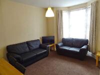 6 Rooms in a 6 Bedroom Student Property - Caldecote Road - CV1 4EX