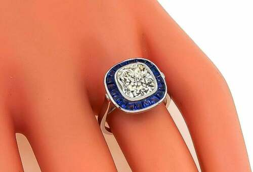 Beautiful Art Deco Design Sparkling Cushion Cut 2.92CT CZ & Sapphire Halo Ring