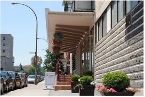3 1/2 one close berdroom in the heart of Montreal