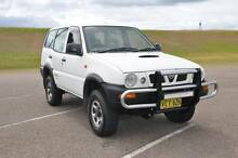 4x4 7 SEATER TURBO DIESEL 2.7L Nissan Terrano II SUV  - may swap. Port Stephens Area Preview