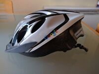 Axion cycling helmet