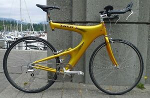 Like new Trek Y-Foil in racing yellow with Dura Ace components