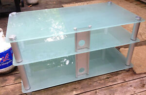 Sturdy Glass Entertainment Table Peterborough Peterborough Area image 2
