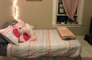 Sublet/ Lease take over (FEMALE)