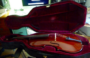 Cecilio, 1/2 size cello, with case and no bow,