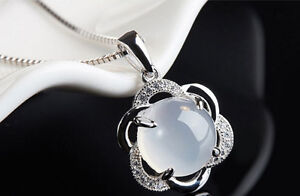 Beautiful and modern design suitable for ladies of any age who l