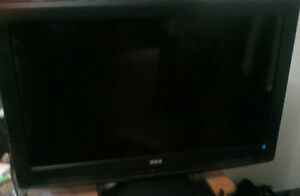 "RCA 32"" WITH HDMI PRICED FOR QUICK SALE"