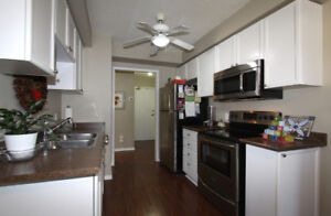 ACTIVE Adult Lifestyle CONDO in the Villages of Glancaster