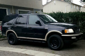 4X4 -WINTER READY- 1997 FORD EXPEDITION