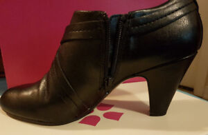 Naturalizer Leather Heels