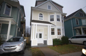 2 bedrooms in beautiful house next to Dalhousie campus