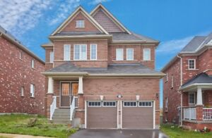 Gorgeous Family Home In North Oshawa.