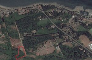 5.5 Acre Lot Oyster River
