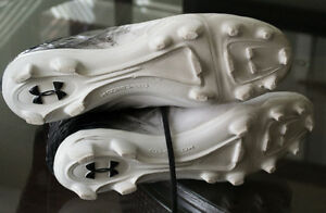 Under Armour Highlight cleats - size 13 London Ontario image 2