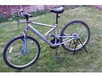 """Men's bike silver blue 26"""" wheels 18 gears"""