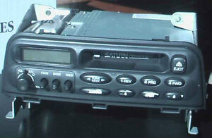 Car radios. Three different model.  Make your price!!!!!! West Island Greater Montréal image 2