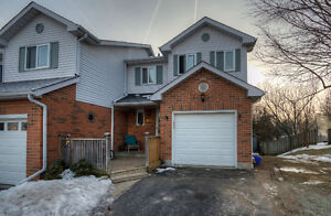 3-Bdrm Waterloo Townhouse Backs On To A Private Wooded Ravine