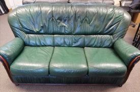 3 2 1 Leather Suite