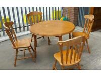 Extendable Table & Chairs