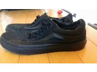 Vans off the Wall Black 7.5