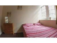 GORGEOUS double JUST SECONDS to the station. CRAZY DISCOUNTS! HALF DEPOSIT!