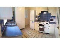 Perfect house by Edmonton Green. Double room. Free on-street car parking