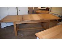 LIGHT OAK 180-220-260cm Extending Dining Table