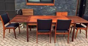 REFINISHED Danish Mid Century Modern Rosewood Draw Leaf Dining Table with 2 Extension Leaves and 4 Chairs Reupholstered