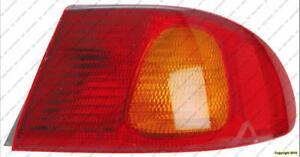 Tail Light Passenger Side Toyota Corolla 1998-2002