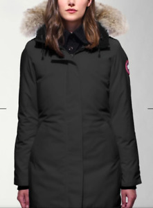 Canada Goose size XS black