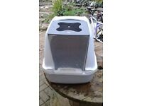 covered cat litter tray box