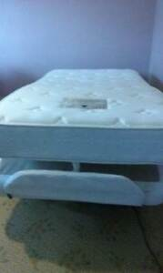 King Single Electric Bed, Excellent Condition Chewton Mount Alexander Area Preview
