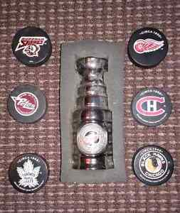 Lot of Collectible NHL Collectors Pucks