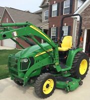 JOHN DEERE 3320 4X4 WITH LOADER AND MOWER