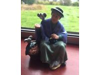 Royal Doulton Tuppence a Bag. Rare piece! Immaculate Condition!