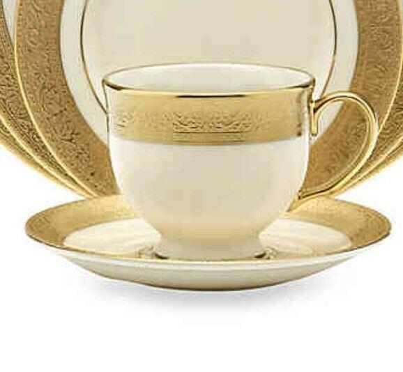 Lenox Westchester Teacup And Saucer Set Of 2 2 Cups 2 Saucer  - $337.95