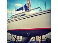 27 foot sailing yacht - JAGUAR 27 (Catalina). Fin Keel. Quick sale bargain for next season fun.